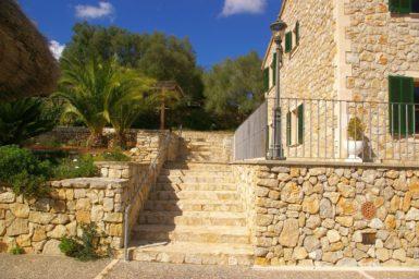 Finca Son Capellet - Treppe zum Haus