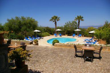 Finca Son Granada - Pool mit Poolterrasse