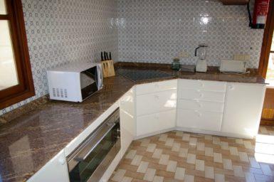Finca Son Granada - Backofen in der Küche
