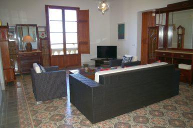 Finca Son Granada - Wohnbereich im OG mit Sat-TV