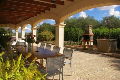 Finca Son Perxa - Terrasse mit Außengrill
