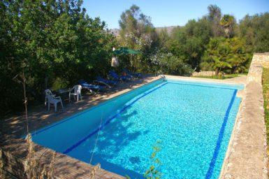 Finca mit Pool für 8 Personen
