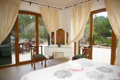 Finca Vall Dor - Schlafzimmer mit Bad en Suite