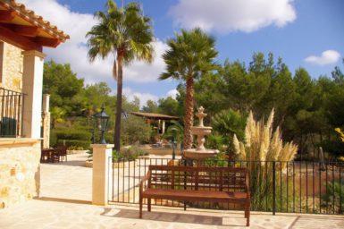 Finca Vall Dor - schöne Gartenanlage