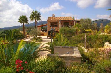 Finca Vall Dor - schöner Garten