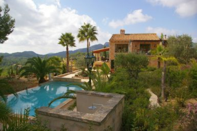 Finca Vall Dor - Garten mit Palmen