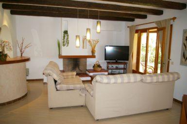 Finca Sanau - Wohnbereich mit Sat-TV