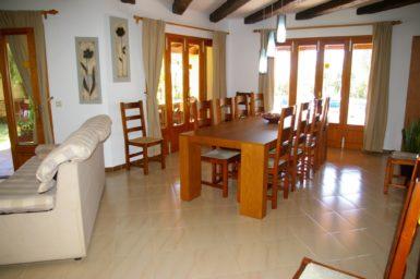 Finca Sanau - Esstisch für 10 Personen