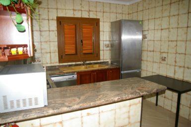 Finca Sanau - Küche mit Spülmaschine