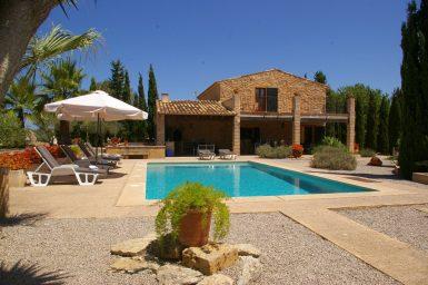 Finca auf Mallorca mit Pool