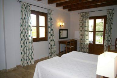 Finca Sa Pleta - Schlafzimmer mit Terrasse