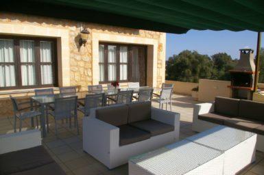Finca Sa Pleta - Terrasse mit Außenmöbel