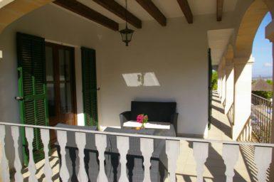 Finca Sa Pleta - kleine Terrasse vorm Schlafzimmer