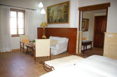 Finca Tomeu - Wohnbereich vom Schlafzimmer