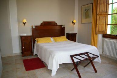 Finca Tomeu - Schlafzimmer mit Doppelbett