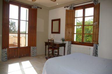 Finca Tomeu - Schlafzimmer mit Balkon