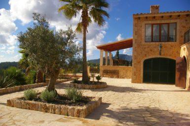 Finca Vall Dor - große Terrasse