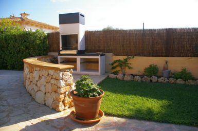 Villa Colom - moderner Außengrill