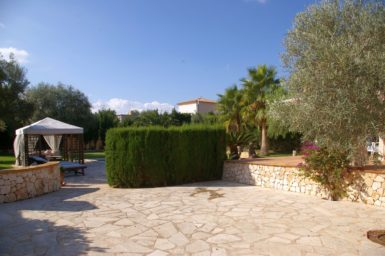 Villa Colom - große Terrasse