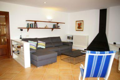 Villa Colom - Sitzcouch im Wohnzimmer