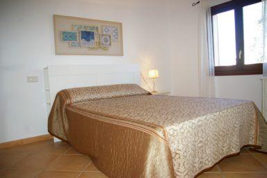 Villa Colom - Schlafzimmer mit Doppelbett