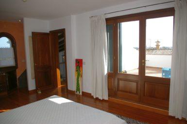 Villa Colom - Schlafzimmer mit Terrasse