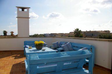 Villa Colom - Terrasse mit Außenmöbel