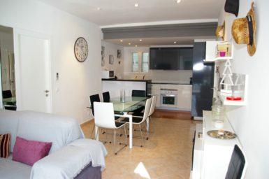 Ferienhaus Playa Dor - Essbereich mit offener Küche